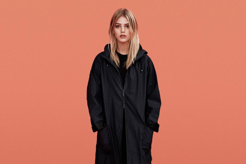 Rains — dámský pršiplášť, dámský nepromokavý kabát s kapucí, černý — podzim/zima 2015 — raincoat — fall/winter