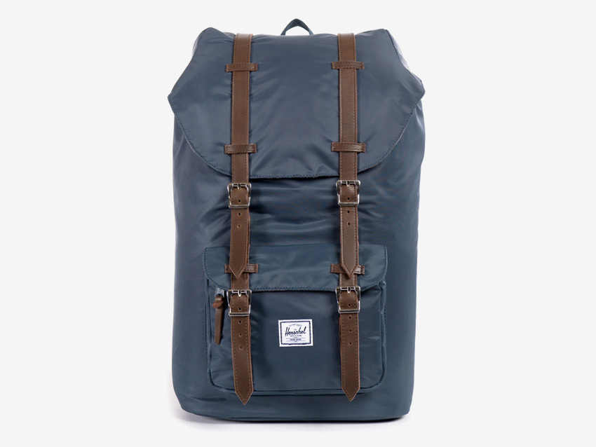 Herschel Supply — batoh na záda — Little America Backpack — modrý