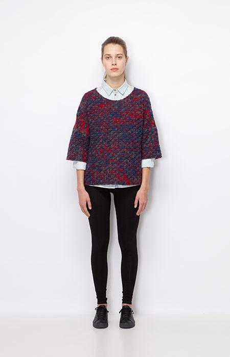 Ucon Acrobatics — červeno-modrý teplý svetr, dámský — dámské oblečení podzim/zima 2015