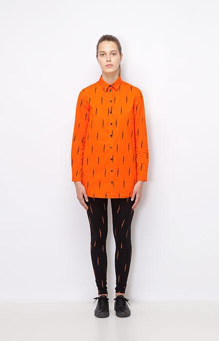 Ucon Acrobatics — dlouhá oranžová košile, dámská — černé legíny s oranžovým dekorem — dámské oblečení podzim/zima 2015