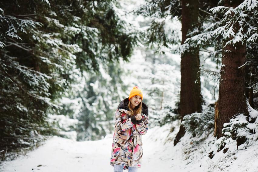 Femi Pleasure — dámská dlouhá zimní bunda s kapucí, barevný vzor — dámské oblečení podzim/zima — fall/winter 2015