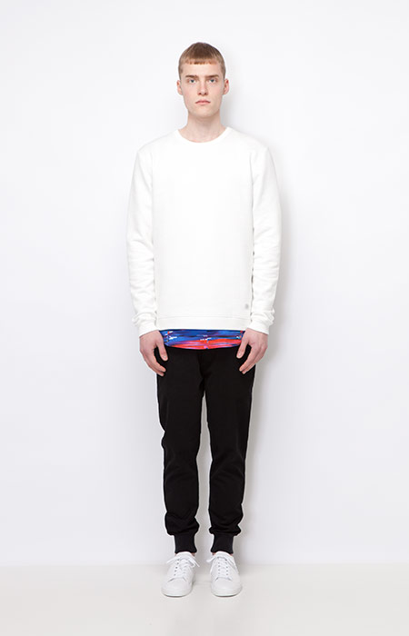 Ucon Acrobatics — bílá mikina, pánská — černé kalhoty joggers s úplety — pánské oblečení — podzim/zima 2015