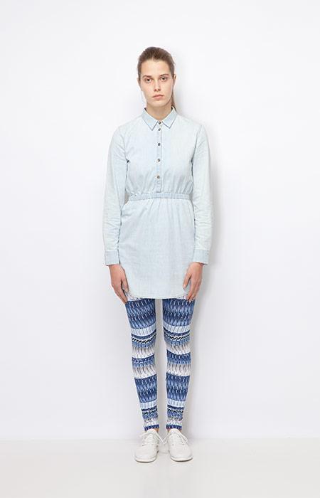 Ucon Acrobatics — dámské košilové šaty, jeansové, modré — legíny se vzorem — dámské oblečení podzim/zima 2015