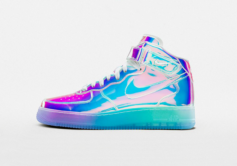 Duhové boty Nike Air Force 1 iD Iridescent