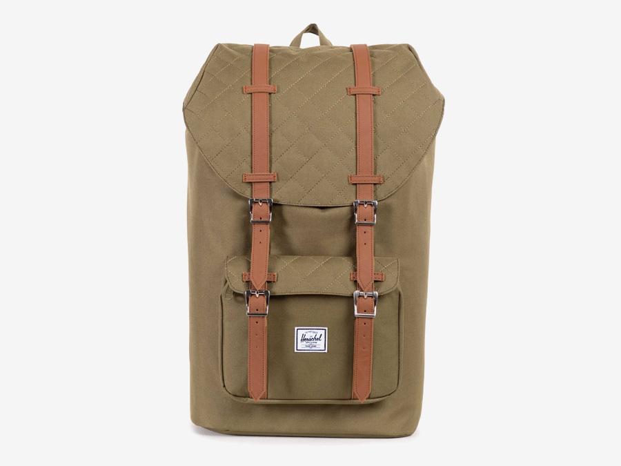 Batoh Herschel Supply — Little America Backpack — plátěný batoh — zelený-hnědý, army, prošívaný — kolekce Quilted