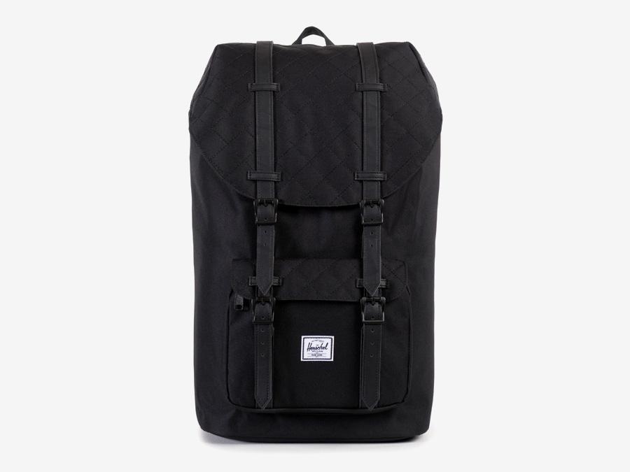Batoh Herschel Supply — Little America Backpack — plátěný batoh — černý, prošívaný — kolekce Quilted