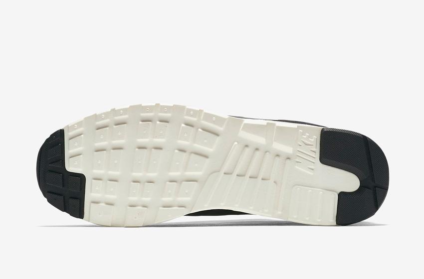 Nike Air Max Tavas Camo — pánské boty — maskáčové tenisky, sneakers — podrážka