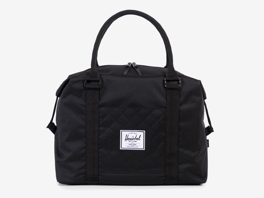 Taška Herschel Supply — Strand Duffle — dámská cestovní taška do ruky — černá, prošívaná — kolekce Quilted