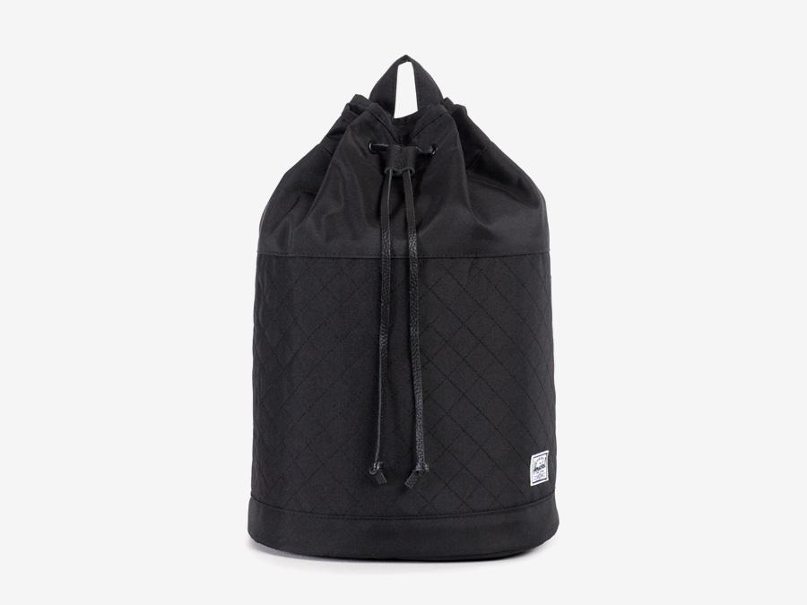 Batoh Herschel Supply — Hanson Backpack — dámský plátěný batoh — černý, prošívaný — kolekce Quilted