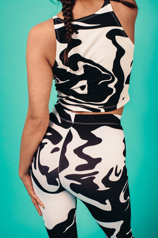 Kutula — maskáčové legíny, krátký maskáčový top — camouflage print, camo