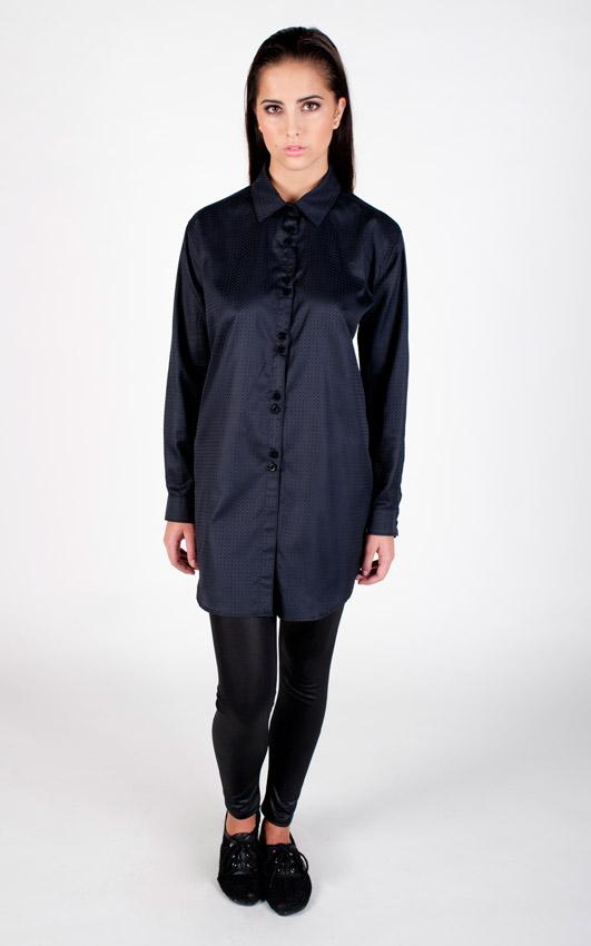 Pattern — dámská tmavě modrá dlouhá košile s dlouhým rukávem — jemný vzor