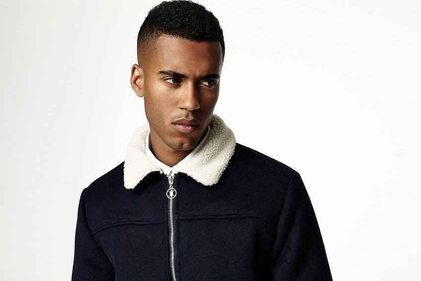 Daily Paper — tmavě modrá vlněná bunda s bílým polyesterovým kožíškem — podzimní/zimní oblečení 2015