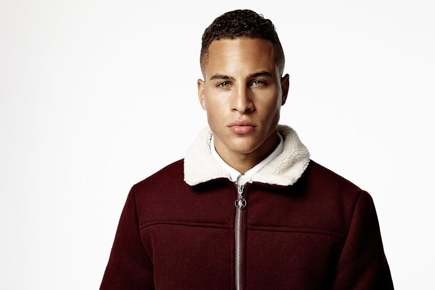 Daily Paper — tmavě červená bunda z vlny s bílým polyesterovým kožíškem — podzimní/zimní oblečení 2015