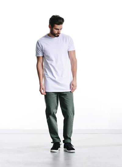 Wemoto — zelené kalhoty, pánské — bílé tričko — podzim/zima 2015