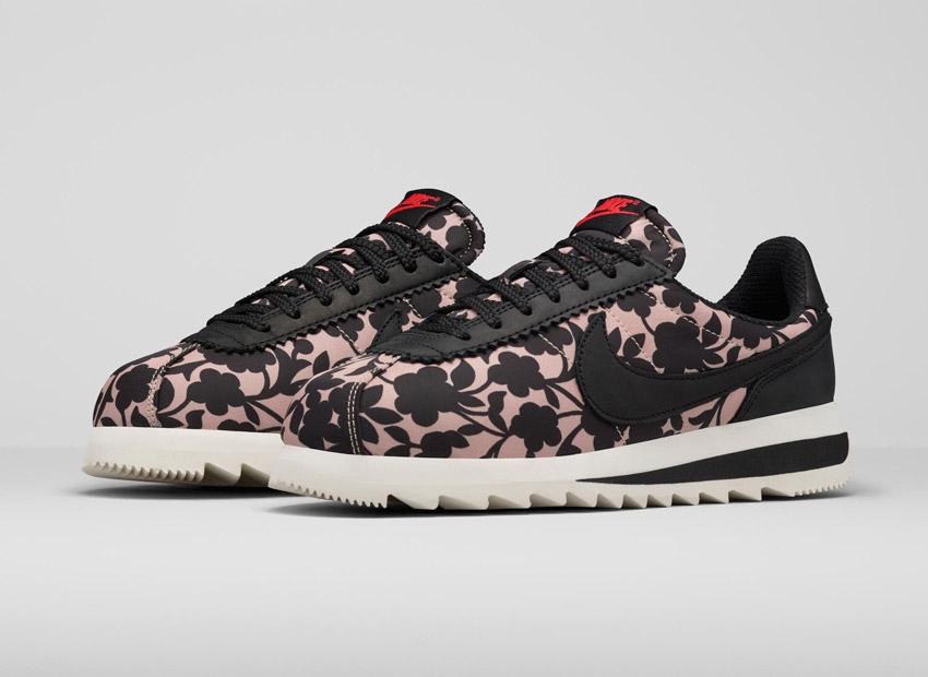 Liberty London x Nike Cortez Epic Tan Cameo Maxi Print — dámské boty se vzorem, světle hnědé, černé — tenisky, sneakers