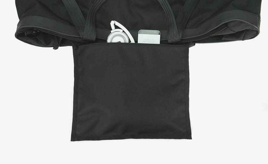 PX — Invisible Duffel — cestovní taška, nylonová, nepromokavá, voděodolná — černá