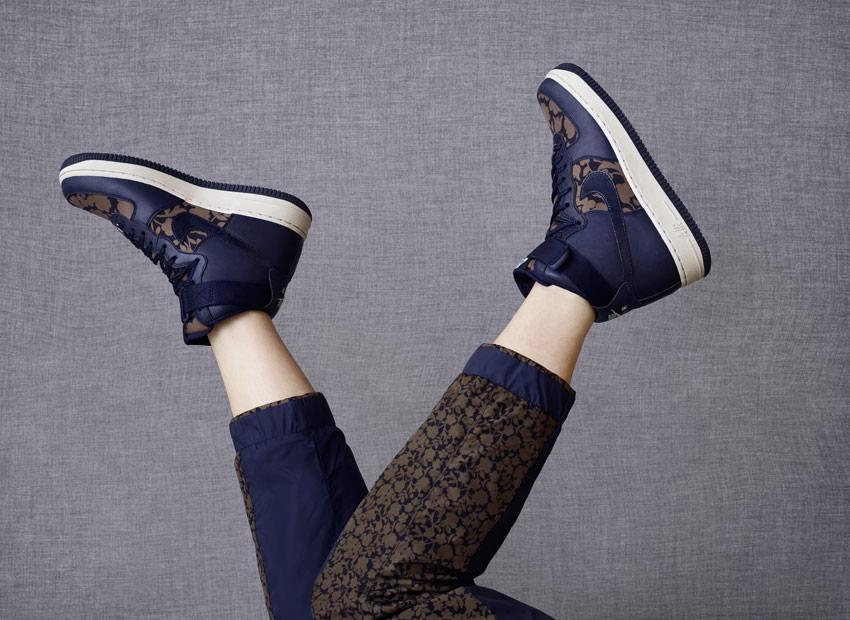 Liberty London x Nike Air Force 1 Hi Cameo Maxi Print Obsidian Blue — kotníkové boty, boots — vysoké dámské sneakers, modré