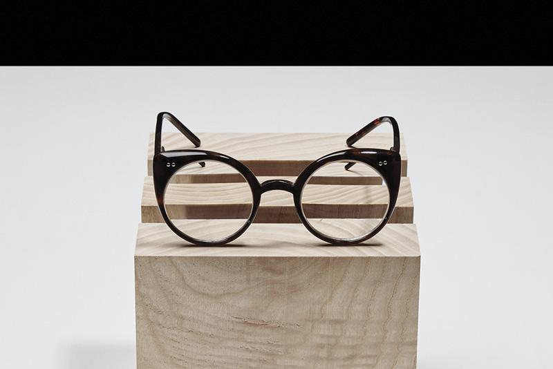 designSUPERMARKET 2015 — Nastassia Aleinikava — brýle, šperky, módní doplňky