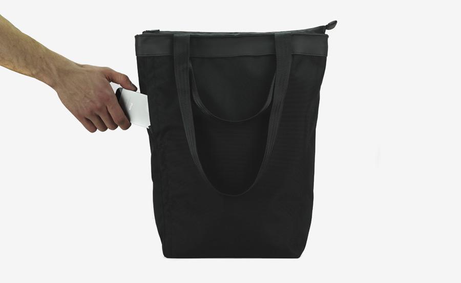 PX — Invisible Tote — nepromokavá městská taška, nákupní, nylonová, černá — voděodolná (nepromokavá)