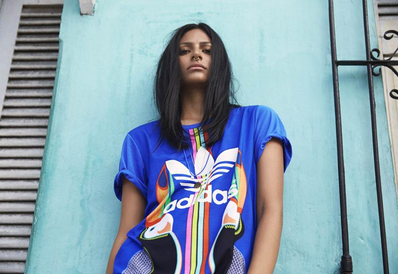 Adidas Originals x Farm — dámské sportovní oblečení — tropické motivy
