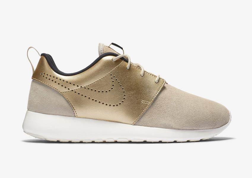 Boty Nike Roshe One Premium — dámské — zlaté/béžové
