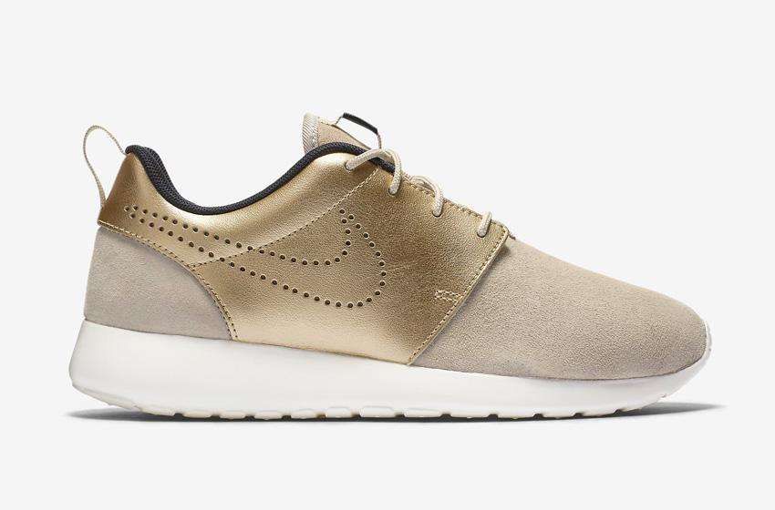 Dámské boty Nike Roshe One Premium se svrškem zlaté barvy 84cc1baf48