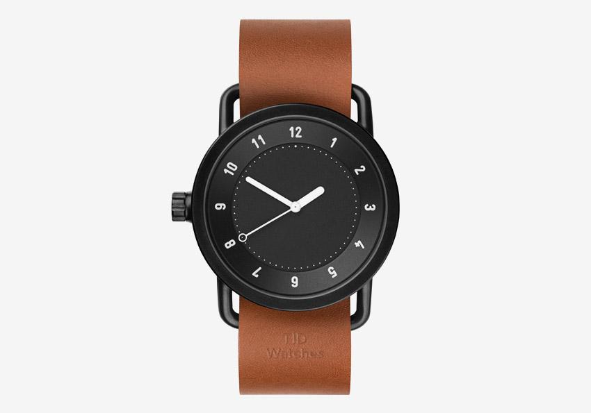 TID Watches – švédské hodinky, designové, minimalistické – černý ciferník, černé pouzdro, hnědý kožený řemínek – pánské, dámské