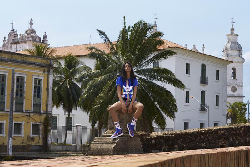 adidas Originals x Farm — tričko, modré, tenisky Tukana Veritas W — dámské sportovní oblečení