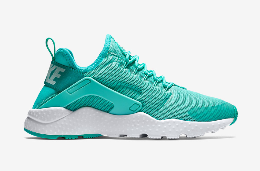 Nike Air Huarache Ultra — dámské boty, sneakers, běžecké — zelené