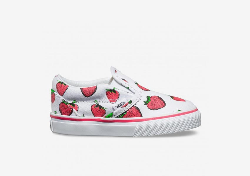 Vans Late Night Pack — Toddler Classic Slip-On — True White/Strawberries — bílé s jahodami