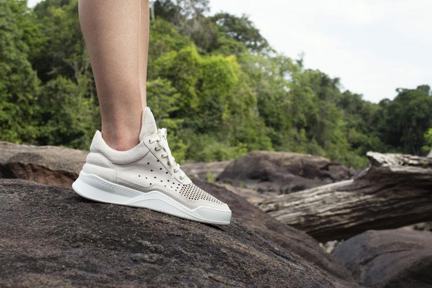 Filling Pieces — šedé boty, luxusní tenisky, sneakers — dámské, pánské — lookbook — Metamorphosis — jaro/léto 2016