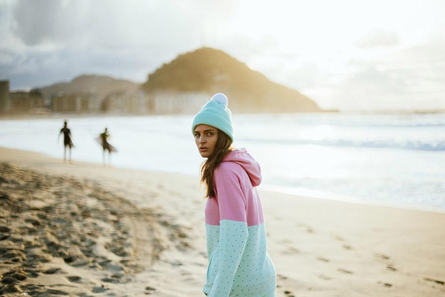 Femi Pleasure — zelená, růžová mikina s kapucí, pastelové barvy — dámské oblečení jaro/léto — spring/summer 2016