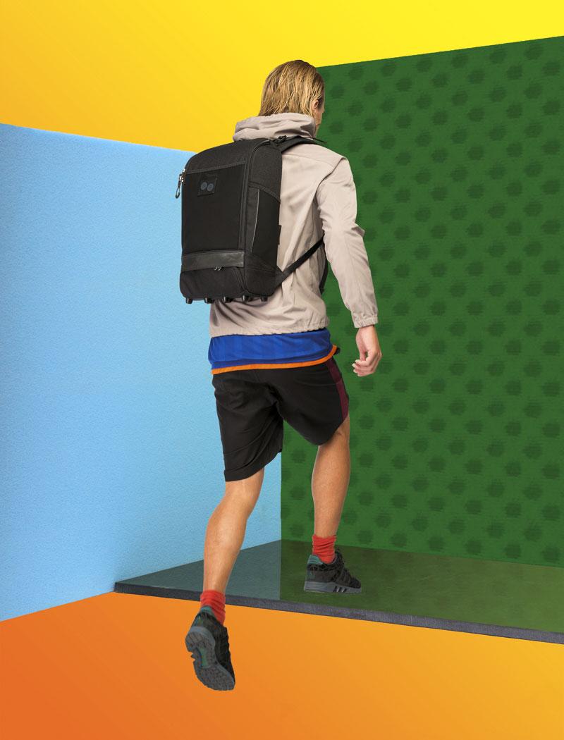 Pinqponq — černý batoh na záda z recyklovaných PET lahví — plátěný — lookbook 2016