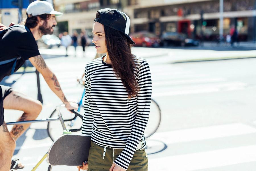 Femi Pleasure — černo-bílé proužkované tričko s dlouhým rukávem — dámské oblečení jaro/léto — spring/summer 2016