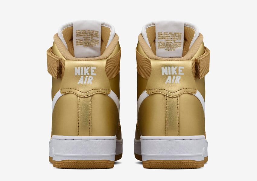 Nike Air Force 1 High — Metallic Gold — vysoké kotníkové boty — zadní pohled — Nikelab