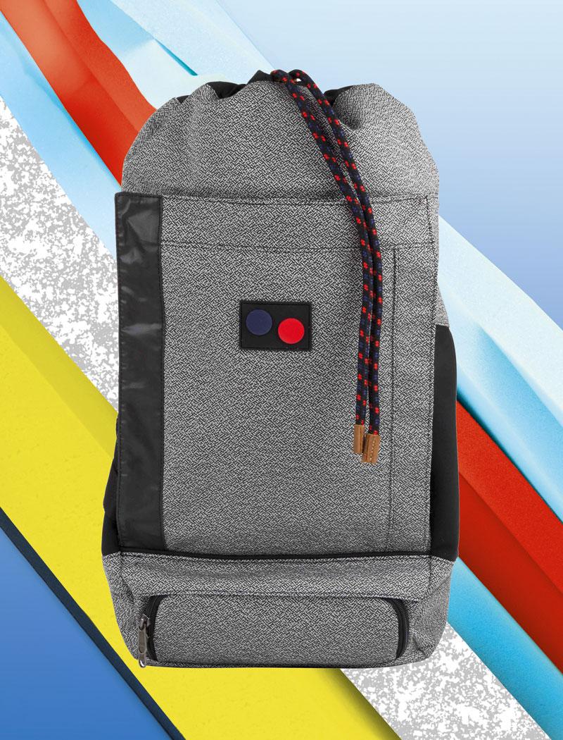 Pinqponq — šedý plátěný batoh z pet lahví — lookbook 2016