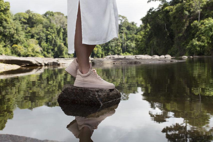 Filling Pieces — béžové tenisky, luxusní boty, kožené sneakers — dámské, pánské — lookbook — Metamorphosis — jaro/léto 2016