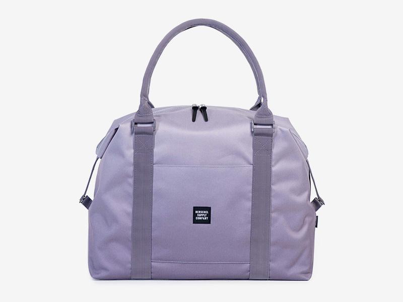 Herschel Supply — dámská taška přes rameno — fialová — Strand Duffle — kolekce Gradient