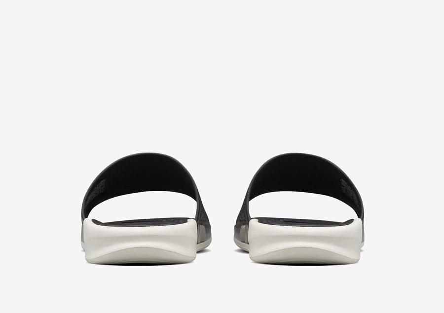NikeLab Benassi Lux — zadní pohled