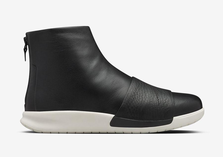 NikeLab Benassi Lux Boot — kotníkové vysoké boty, luxusní — dámské — černé, bílé