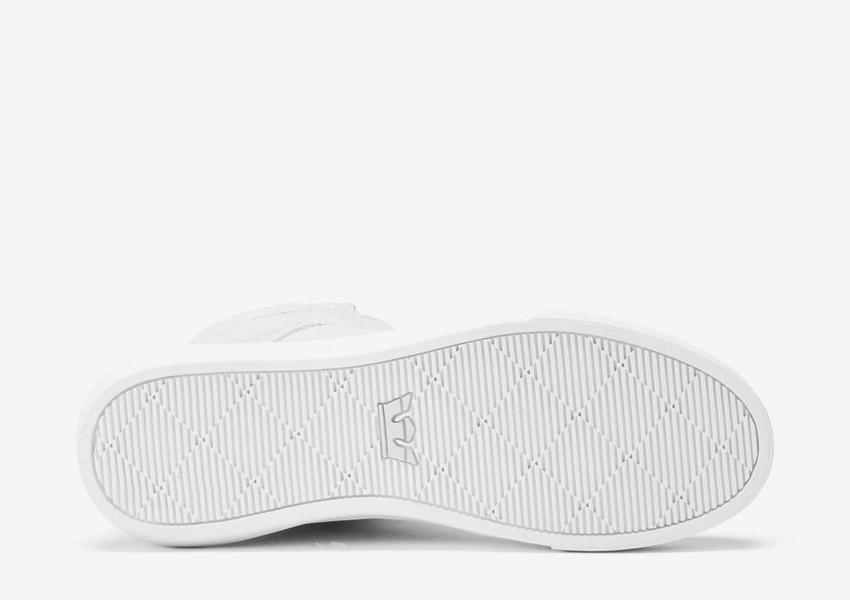 Supra Camino — kotníkové boty — světle šedé — detail podrážky