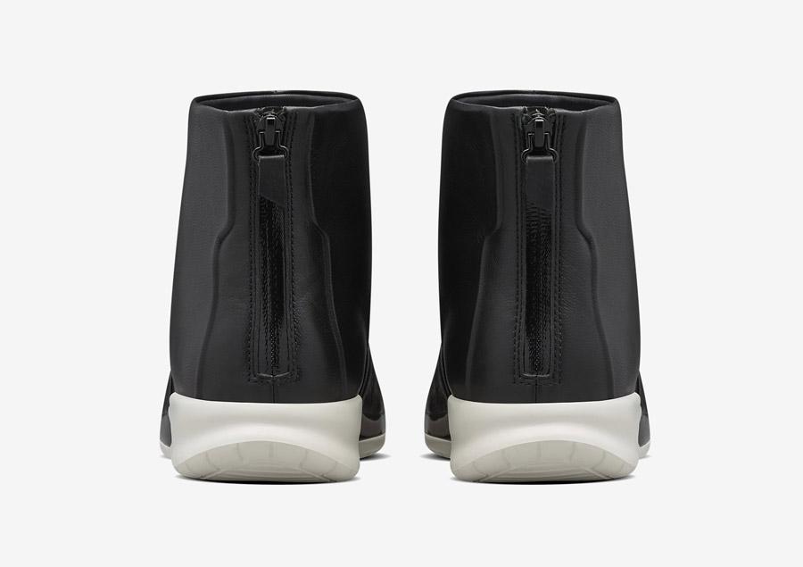 NikeLab Benassi Lux Boot — zadní pohled