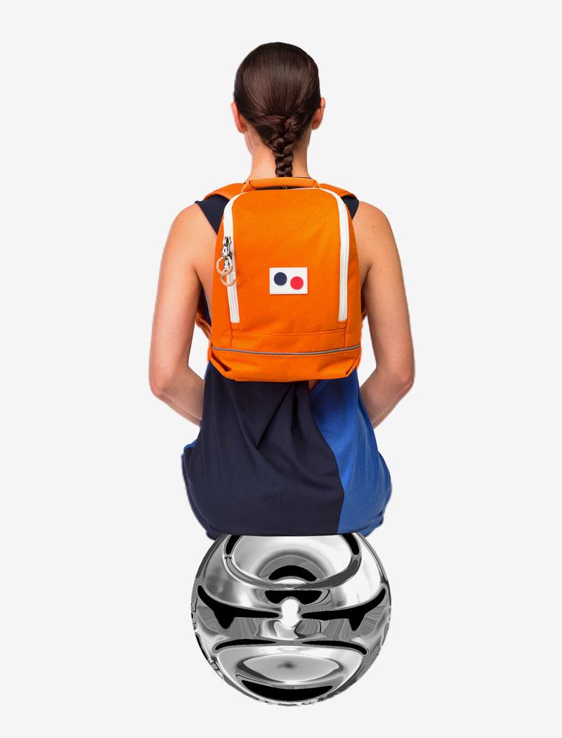Pinqponq — oranžový plátěný batoh na záda — recyklovaný z PET lahví — lookbook 2016