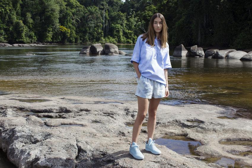 Filling Pieces — bledě modré tenisky, luxusní boty, sneakers — dámské, pánské — lookbook — Metamorphosis — jaro/léto 2016