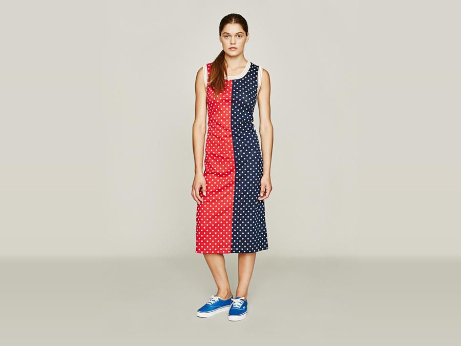 Stussy — modré a červené jarní dlouhé šaty — bílé puntíky — dámské oblečení — jaro 2016