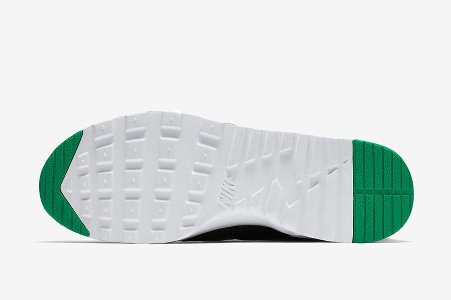 Nike Air Max Thea Jacquard — pruhované dámské boty — zeleno-bílá podrážka — tenisky, sneakers — textilní, veganské
