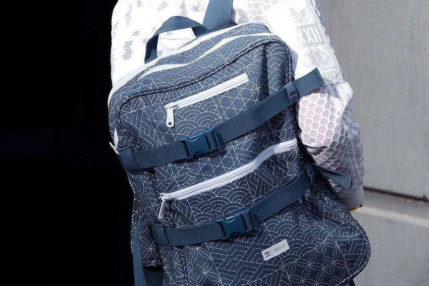 Adidas Originals — modrý batoh na záda — lookbook kolekce Regista — jaro/léto 2016