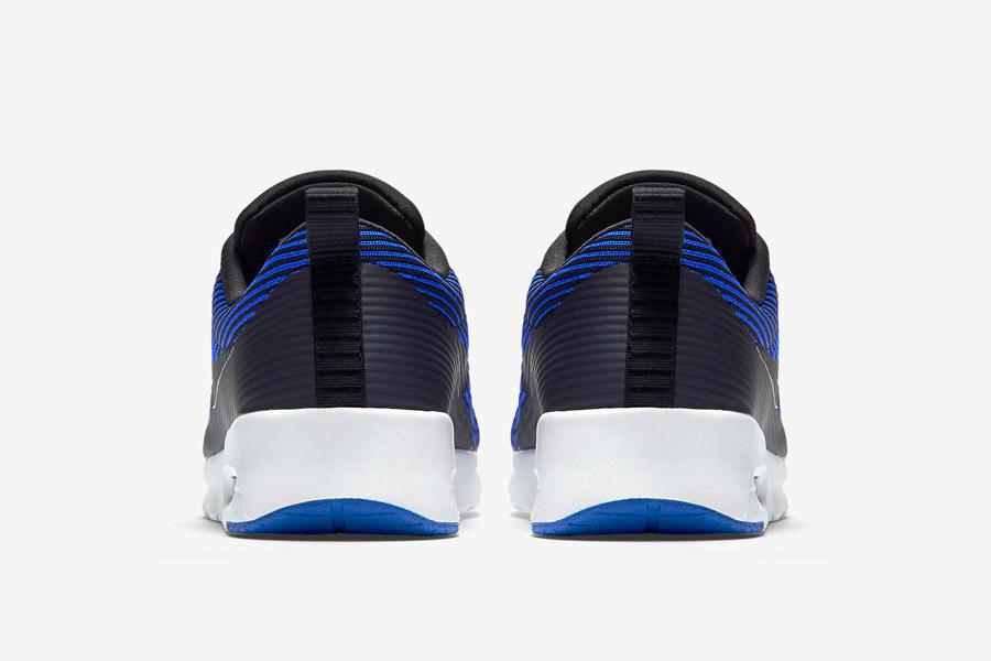 Nike Air Max Thea Jacquard — dámské boty — zadní pohled — tenisky, sneakers — textilní, veganské