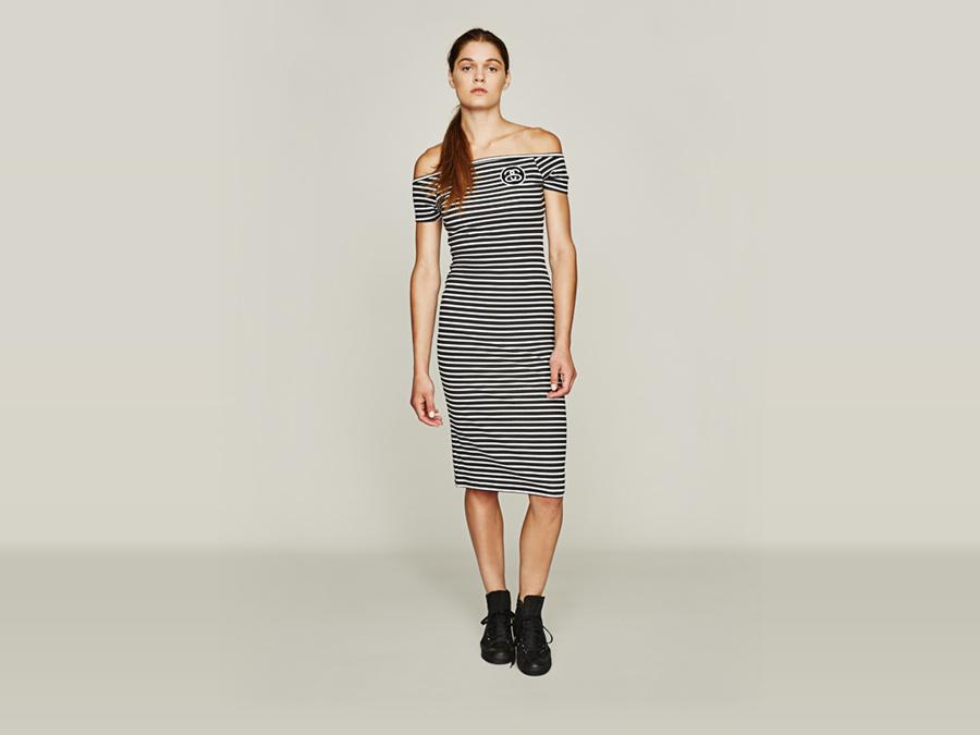 Stussy — dlouhé pouzdrové šaty — pruhované, bílo-černé — dámské oblečení — jaro 2016