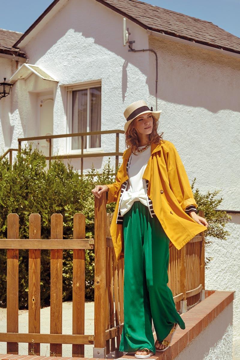 Compania Fantastica — dámská kabátová bunda, horčicová, volné zelené kalhoty — retro móda — lookbook — jaro/léto 2016